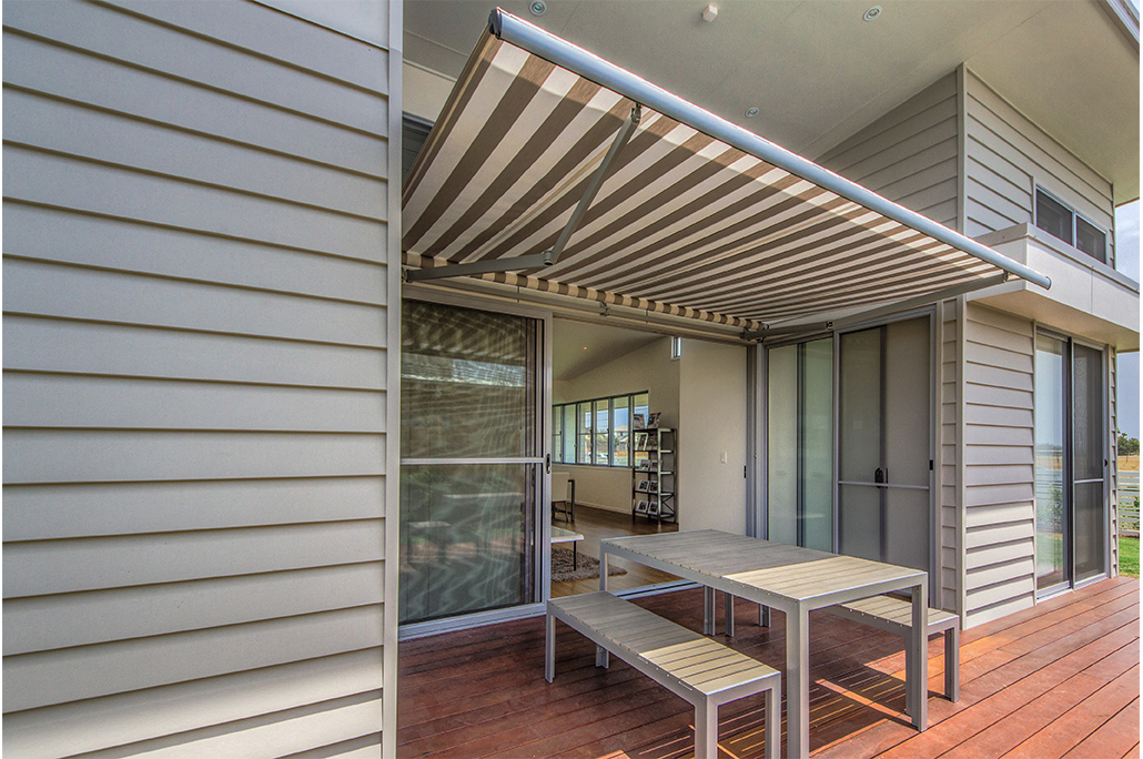 Folding Arm Awnings and Retractable Awnings | Sydney Blinds